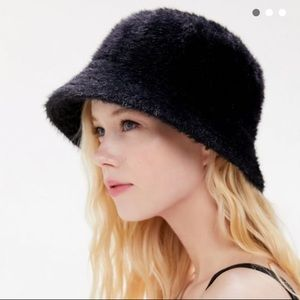"""NEW Gia black """"fuzzy"""" Bucket Hat"""